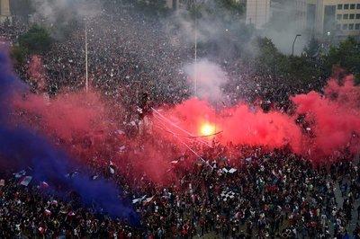 Chile cumple tres semanas de protestas con una masiva marcha en Santiago