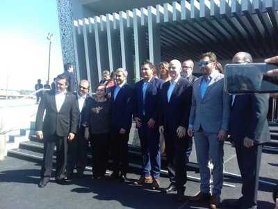 Mario Abdo asiste al acto de inauguración de la sede central de la APF