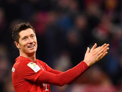 Bayern Múnich golea a Borussia Dortmund en clásico alemán