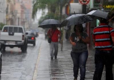 Las lluvias continúan este domingo, según Meteorología