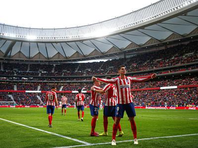 Atlético Madrid logra reponerse y deja los tres puntos en casa