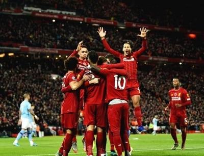 HOY / El Liverpool arrolla al Manchester City