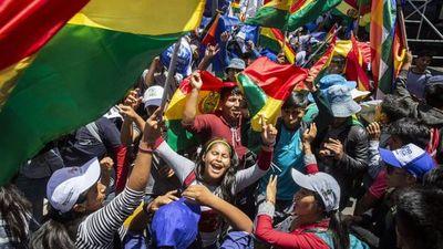 Morales arremete contra misión electoral de la OEA tras renunciar