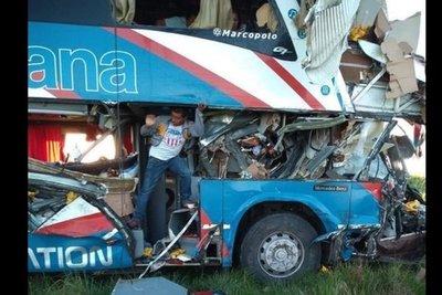 Pasajeros accidentados fueron asistidos por La Santaniana