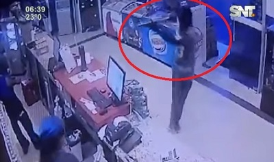 Delincuentes usan armas larga para asaltar surtidor