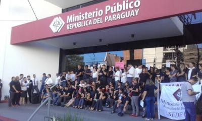 Huelga general de funcionarios del Ministerio Público