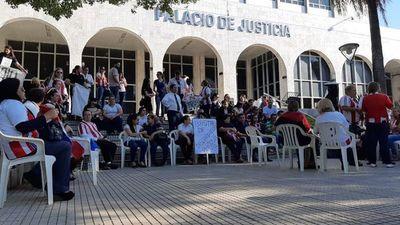 Elevado acatamiento en primer día de la huelga en Poder Judicial