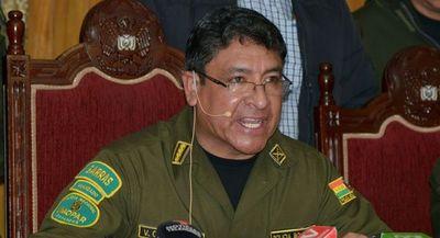 Renunció Yuri Calderón, el comandante nacional de la Policía Boliviana