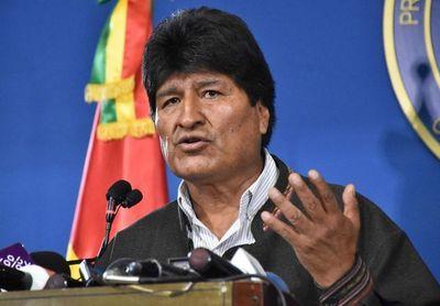 Parlamento boliviano recibe la carta de renuncia de Evo Morales