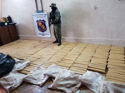 Policiales incautan 380 kilos de marihuana en PJC