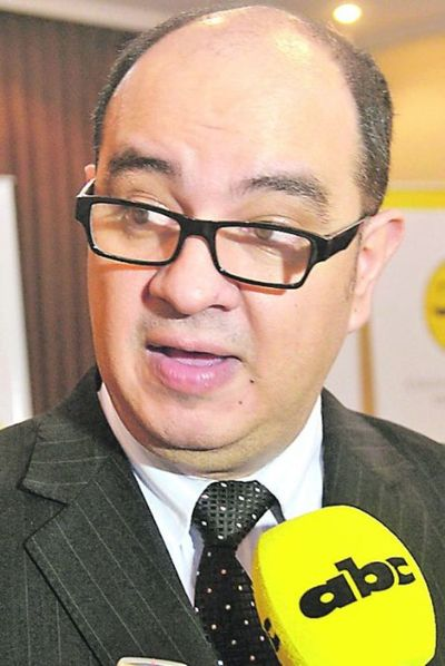"""Huelga judicial: afirman que funcionarios son instigados y cuestionan """"postura tibia"""" de la Corte Suprema"""