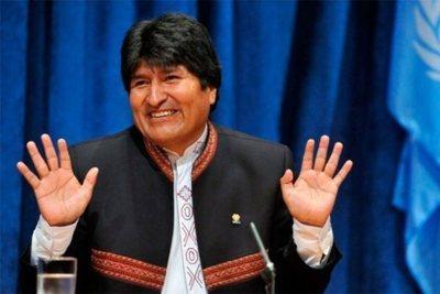 Gobierno de México decidió dar asilo a Evo Morales