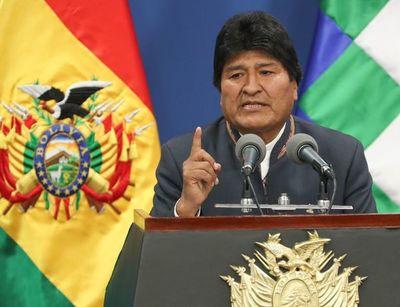 Evo Morales acepta el asilo ofrecido por México por razones humanitarias
