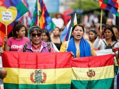 """Miles de personas marcharon en Buenos Aires contra """"golpe de Estado"""" en Bolivia"""