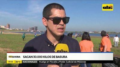 Sacan 30.000 kilos de basura de la Bahía de Asunción