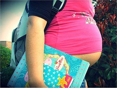 Embarazo adolescente le cuesta al país USD 137 millones al año
