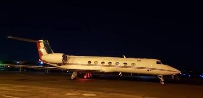 HOY / Avión de Evo Morales aterrizó por horas en Paraguay y va rumbo a México