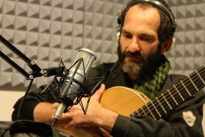 Charlie Nutela lanzará su apuesta instrumental