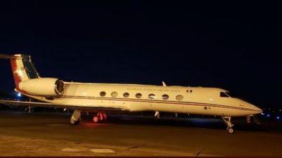 El avión que lleva a Evo a México despegó de Paraguay tras 3 horas parado