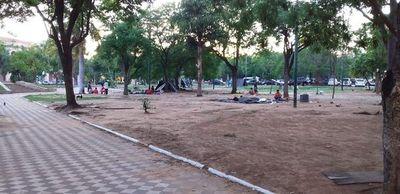 """""""La plaza es pública y puede ser ocupada"""""""