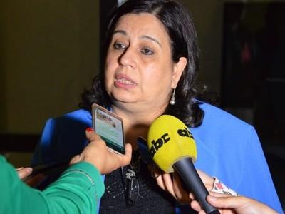 Mario Abdo también fue acusado de producir fraude electoral, recuerda senadora