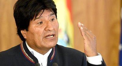 Evo Morales llegó a México y reiteró que su salida fue parte de un golpe de Estado
