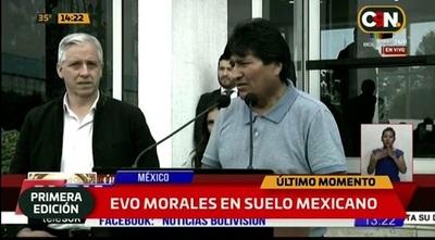Presidente mexicano le salvó la vida, dice Evo Morales a su llegada