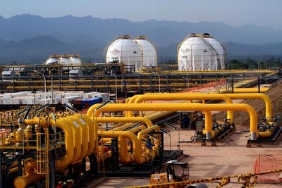 Bolivia notifica a Argentina posibles cortes en envíos de gas