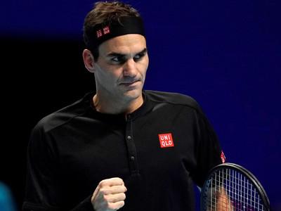 Federer supera a Berrettini y aspira a las semifinales