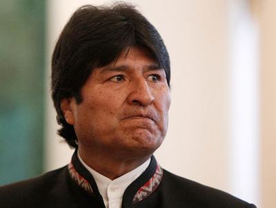 """Politólogo boliviano resalta """"atropello sistemático a los derechos"""""""