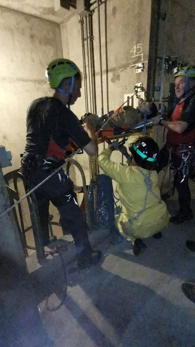 Bomberos italianos realizan simulacro en Yacyretá