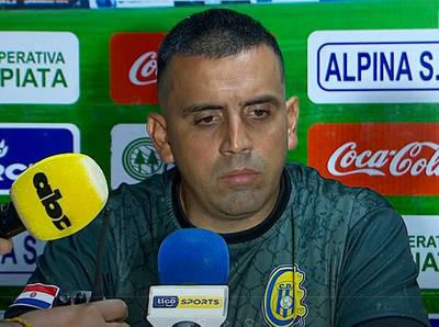 """Carlos Recalde: """"Con 10 somos muy vulnerables"""""""