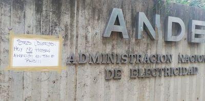 ANDE: Reclaman contra recorte y no habrá atención en todo el país