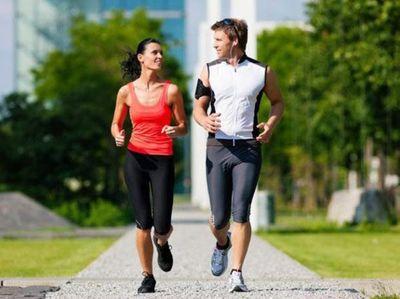 Verano a la vista: ante el intenso calor, hacé ejercicios saludables