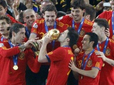 El máximo goleador de la selección española anuncia su retiro