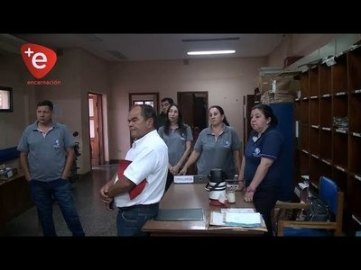 FUNCIONARIOS DE CORREOS AMENAZAN CON HACER HUELGA