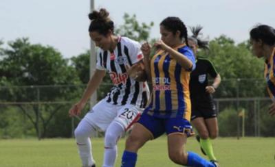 HOY / Calendario del fútbol femenino, postergado por fuertes lluvias