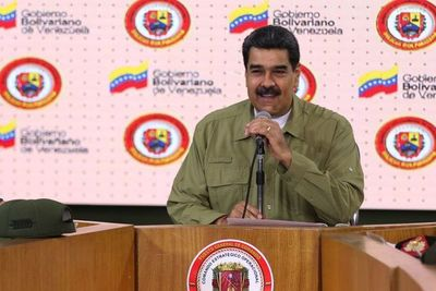 """Gobierno de Maduro tilda de """"parodia"""" proclamación de presidenta interina en Bolivia"""