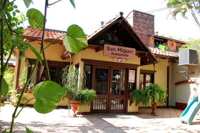 Valorando el Bar San Miguel, histórico sitio de recreo que atrae por tradición