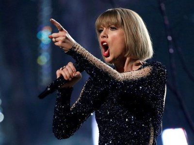 Taylor Swift remezcla Lover junto a Shawn Mendes y sus fans enloquecen