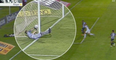 """Atajó"" un gol desde ¡afuera de la cancha!"