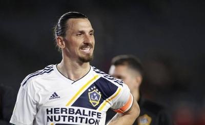 """HOY / Zlatan deja la MLS y dispara: """"Ahora vuelvan a ver béisbol"""""""
