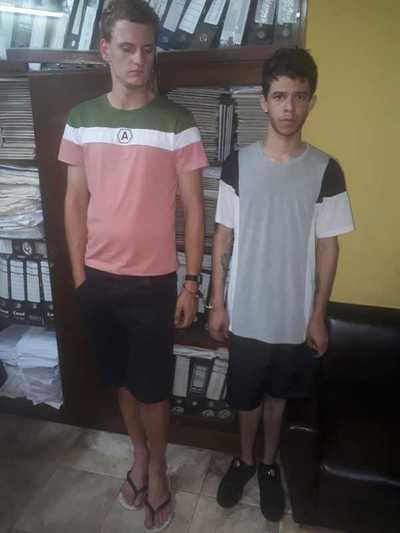Presuntos clonadores de tarjetas son detenidos por la Policía