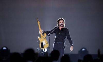 """HOY / Juanes, leyenda en los Latin Grammy: """"Nadie te puede parar cuando sueñas"""""""