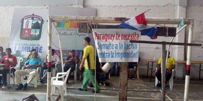 Agentes de tránsito también reclaman pago de salarios en Lambaré