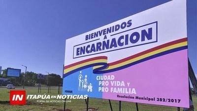 """COLOCARAN 2 NUEVOS CARTELES """"ENCARNACIÓN PRO VIDA, PRO FAMILIA"""""""