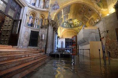 Italia notifica estado de emergencia en Venecia