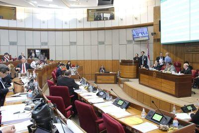 Senado se ratifica en aumento del déficit fiscal a 3%