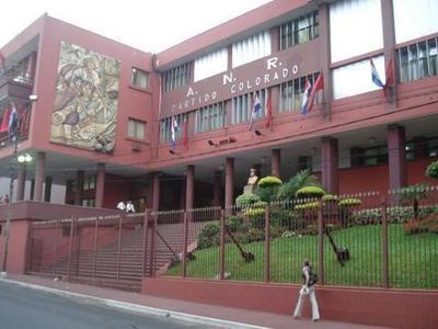 Amplían denuncia contra integrantes del Tribunal Electoral y recusan a Bacchetta y Salas