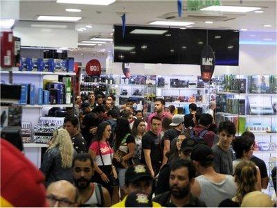 Black Friday de CDE atrajo a un aluvión de compradores